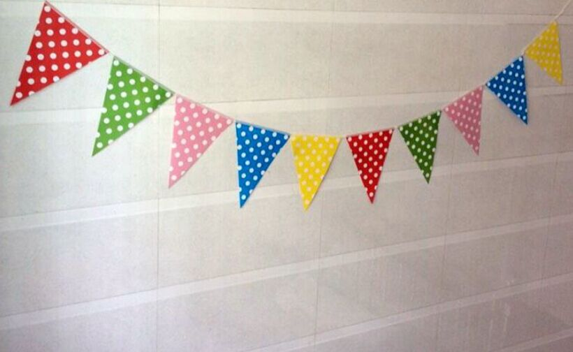 2.5M/pcs Multicolor Dot Paper Pennant Bunting Flag Kids Birthday Part Favors Wedding Decoration Supplies(China (Mainland))