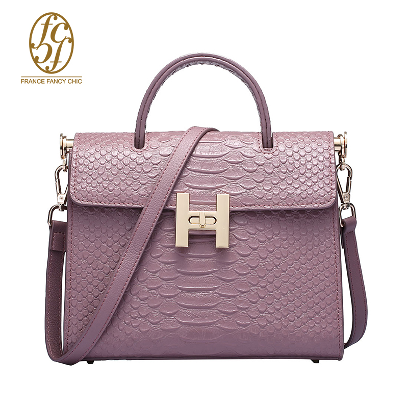 2016 Fashion Messenger Bag Solid Color Metal Decorative Embossed Cattle Split Leather Handbag Women Totes TK07186(China (Mainland))