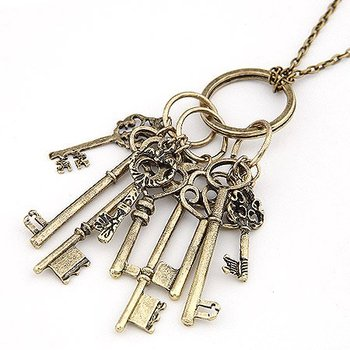 Fashion Personality Gothic Key  Necklace Jewellery Wholesale ! ---cRYSTAL sHOP