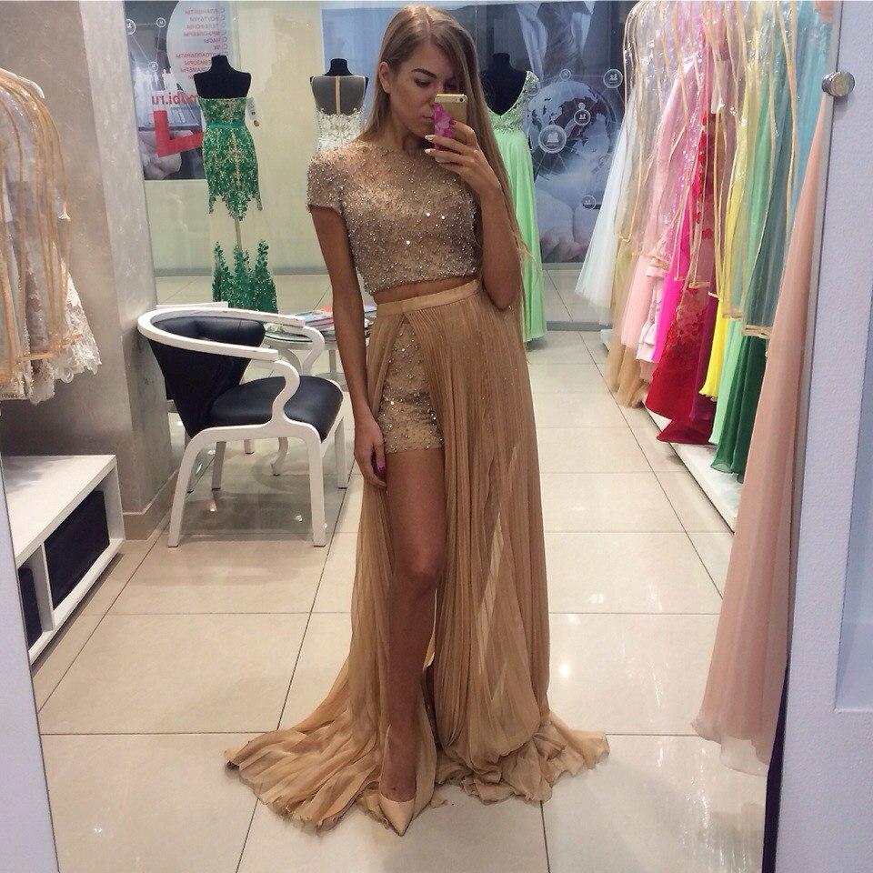 Фото видны трусы через платье на вечеринках 14 фотография