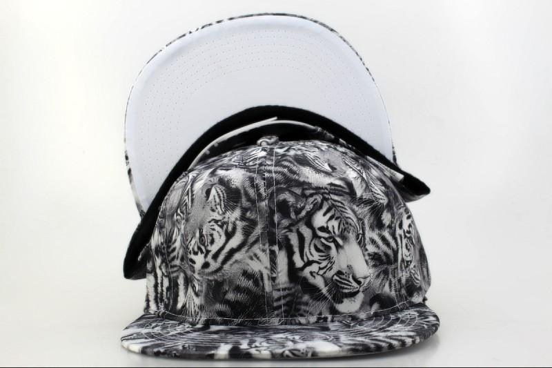 2016 Brand New Cool Street sports Hip Hop Snapback Caps 3D Tiger print chapeau Hat Snap Back hats free shipping bone hats(China (Mainland))