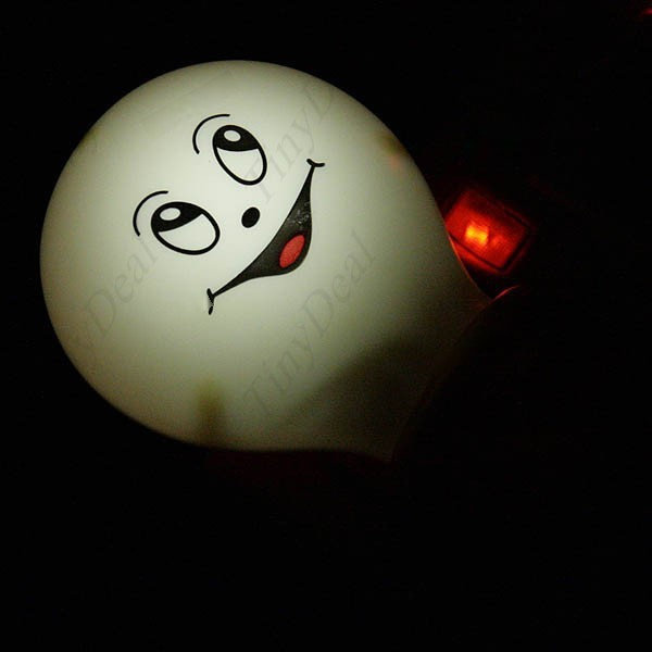 MiniOne Beam Induction Energy Saving Little LED Night Light Lamp with Lovely Smiling Face Buld Look for Home HLB-12499(China (Mainland))