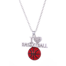 Skyrim kryształ kocham do koszykówki/Softball naszyjniki srebrny kolor serce wisiorek sportowe Hip Hop biżuteria dla mężczyzn kobiet prezent(China)