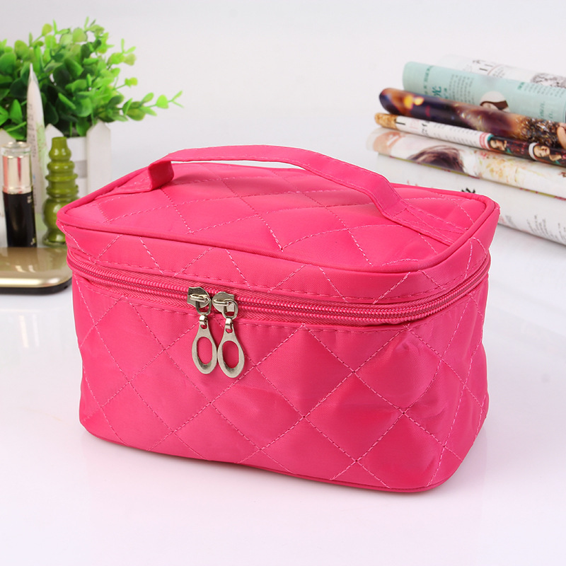 Diamond Lattice Fashion Cosmetic Bag Embroidered Make Up Wash bag Toiletry Kits Small objects Organize Package Storage bag(China (Mainland))
