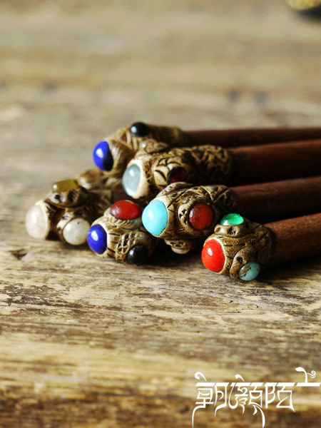 L031 Nepal Colorful Stone handmade wooden hair stick Thai Teak hairpinmix order 2016 New(China (Mainland))