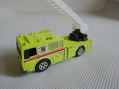 Matchbox 1:64 Fire Engine Metal Toy Car Buy 4 Get 1 For Free(China (Mainland))