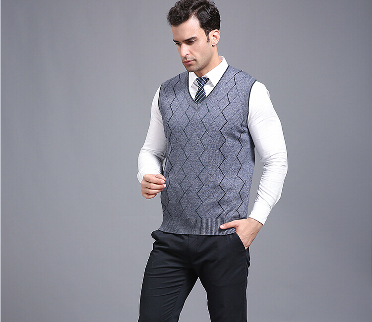 Autumn and spring mens casual v,neck sleeveless stripes cashmere sweater vest(China (