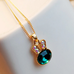 2015 hot Cute Beautiful Rabbit Crystal Necklace Chain A0020(China (Mainland))