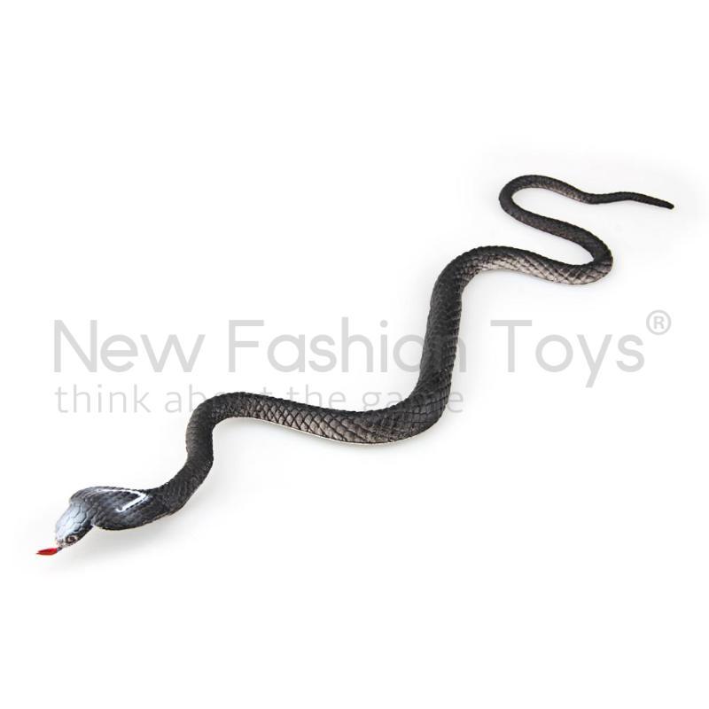 Black White New Soft Rubber Fake Snake Vinyl Plastic Figure Toy(China (Mainland))