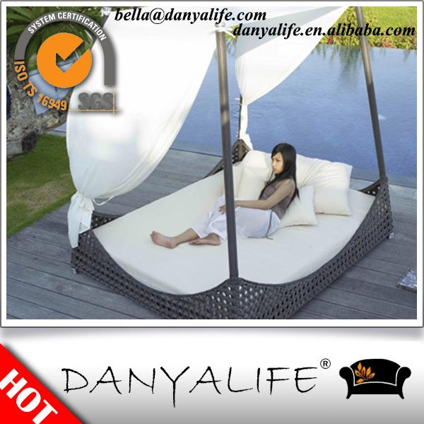 aluminum canopy bed 2