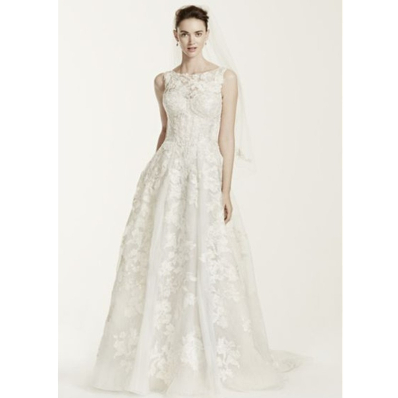 2015 Charming A Line Lace Wedding Dresses Tank Sleeve Type And V Back Wedding Gowns Robe De
