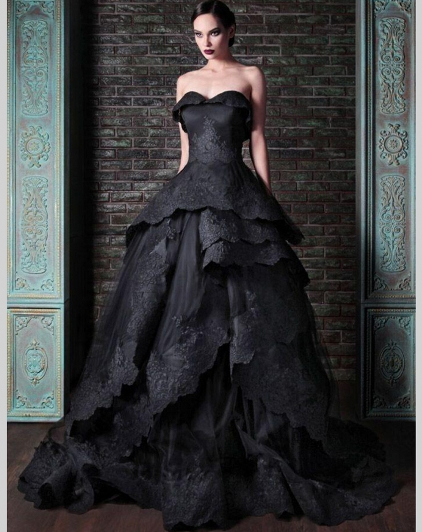 Black Wedding Dress Custom : Black gothic wedding dresses sweetheart lace ball gown