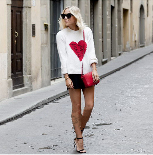 15 Pre fall Milan fashion show vintage vt-style In the name of love love heart intarsia sweater Haute couture Free Shipping