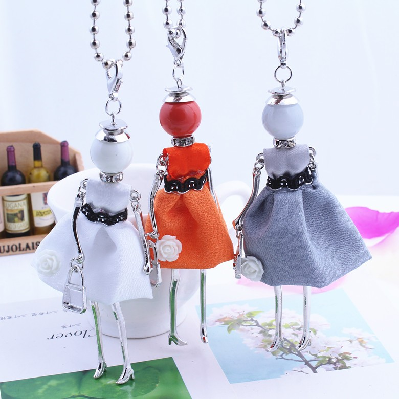 2016 New Women Fashion French Paris Girl Doll Pendant Necklace Sweater Chain Long Cloth Dress Doll