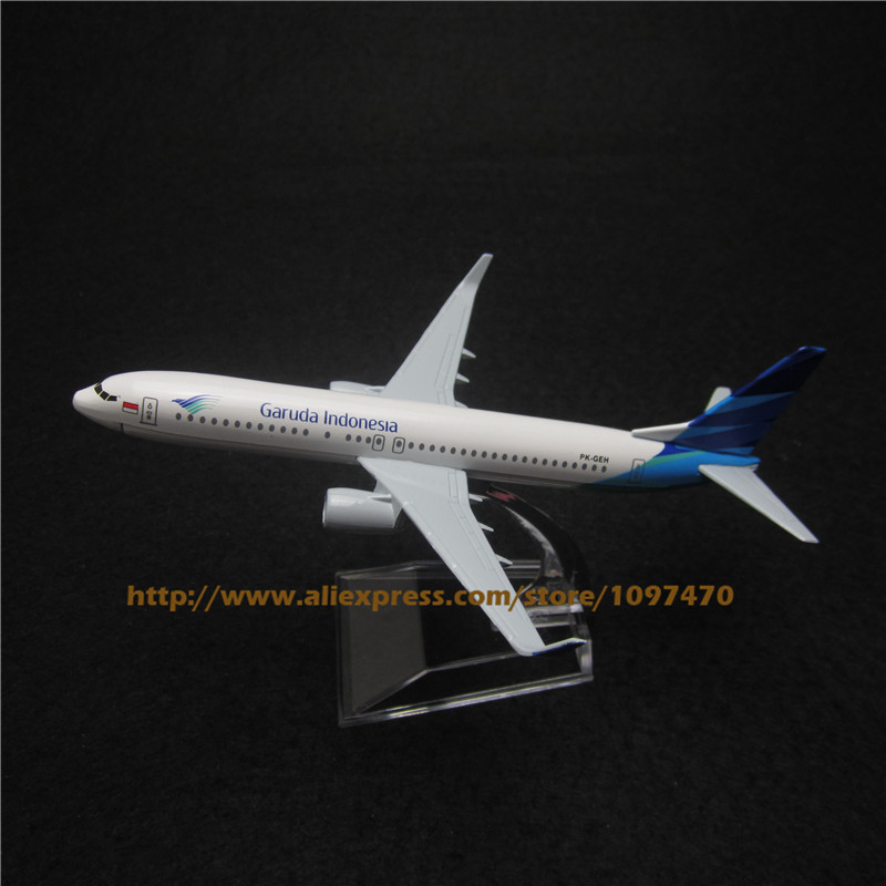 16cm Alloy Metal Air Garuda Indonesia Airlines Plane Model Boeing 737 B737 PK-GEH Airways Airplane Model Aircraft Mode Toy(China (Mainland))