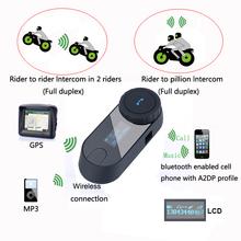 Schermo lcd!  Con la funzione di fm!  1000 m 3 riders hi-fi speaker moto interfono bt senza fili di bluetooth interphone casco auricolare.(China (Mainland))