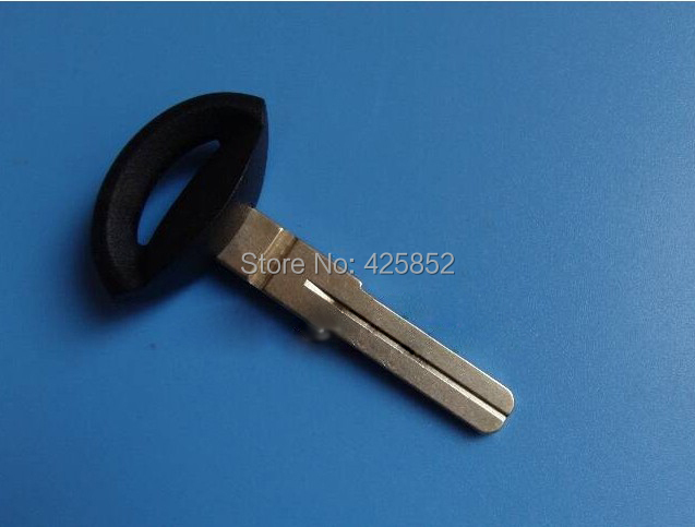Top Quality Smart Key Blade 4 Track For SAAB Smart Remote Key Shell (9-3 9-5 93 95 2009 Plus )(China (Mainland))