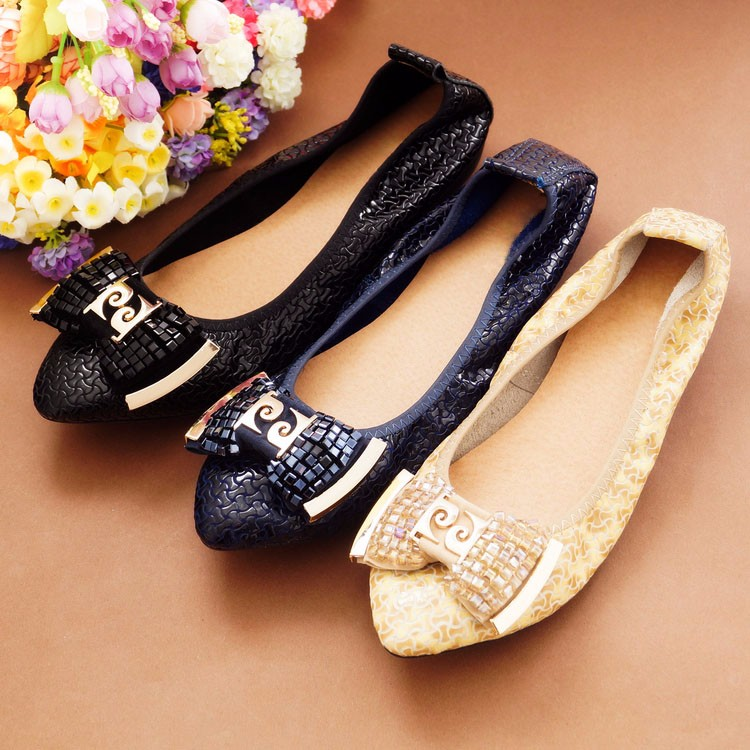 2017 new spring women flats shoes Genuine leather casual single shoes flat heel loafers gommini cow muscle shoes plus size