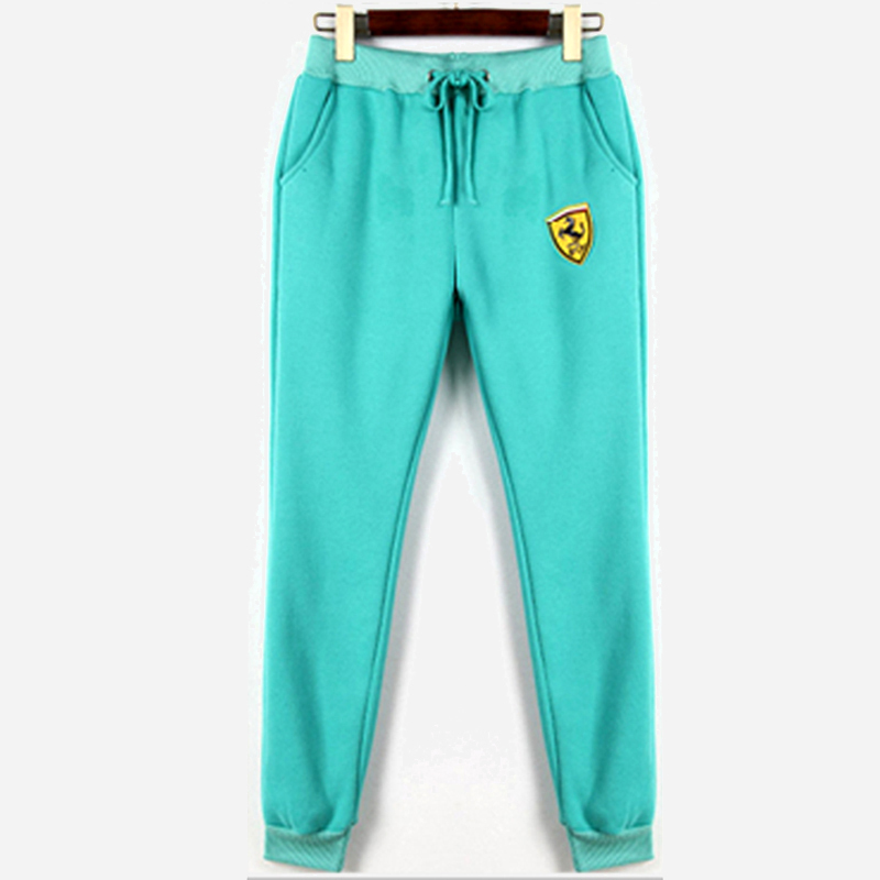 Luxury Good, Sturdy Outdoor Climbing Pants Are Seriously Hard To Find Firstworldproblems  Overall, They Give Off A Fitted Yet Loose Jean Look What We Love Being Able To Climb In Jeans That Are Not Restrictive Is The Best! I Love How Durable The