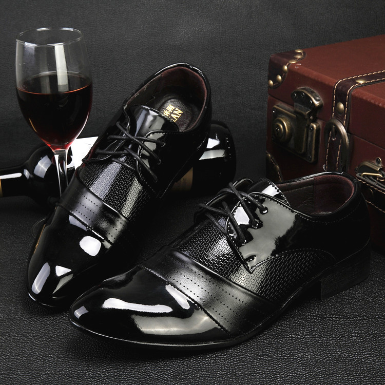 Men Dress Shoes 2016 Fashion Pointed Toe Oxfords Men Leather Office Wedding Shoes Black Casual Male Flats Zapatos Hombre EU38-44<br><br>Aliexpress