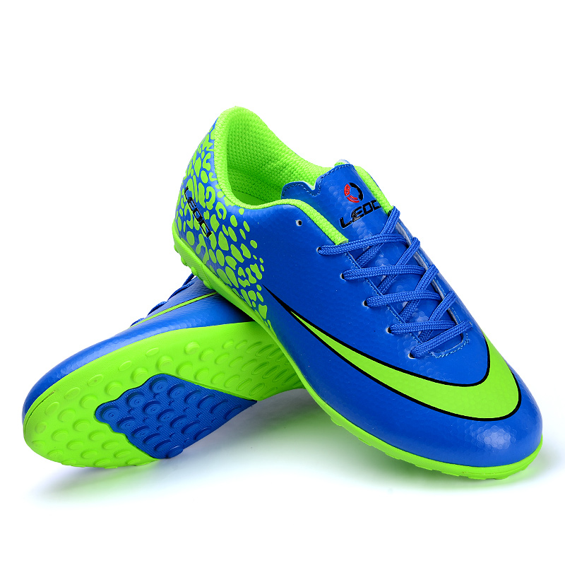 new brand size 33 44 boy soccer cleats football