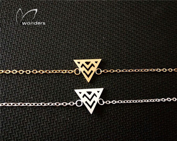 10pcs/lot 2015 Summer Style Zigzag Triangle Charm Stainless Steel Chain Bracelets in Gold/Silver<br><br>Aliexpress
