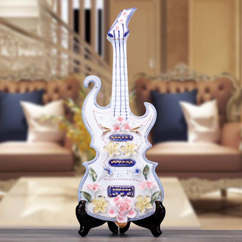 Online kopen wholesale viool beeldje uit china viool beeldje groothandel - Volwassen kamer decoratie model ...