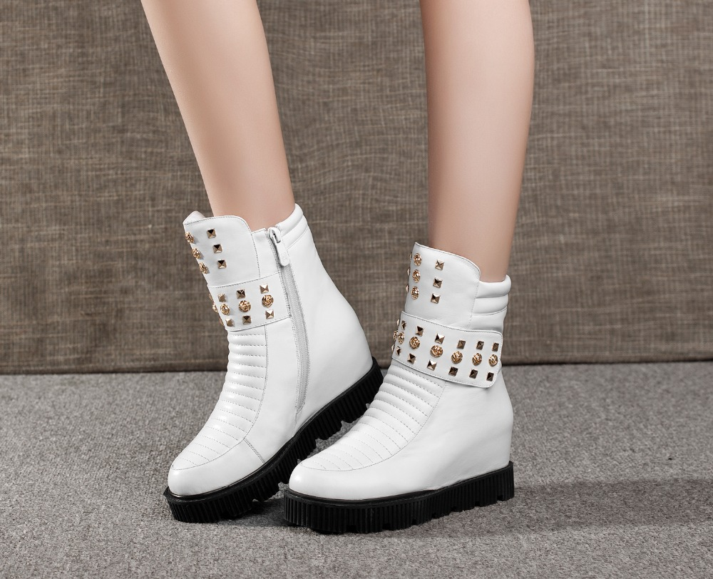 Nilanya Winter new fashion leather boots and a female sponge thick bottom high boots short tube of rivet, warm snow boots 34-40<br><br>Aliexpress