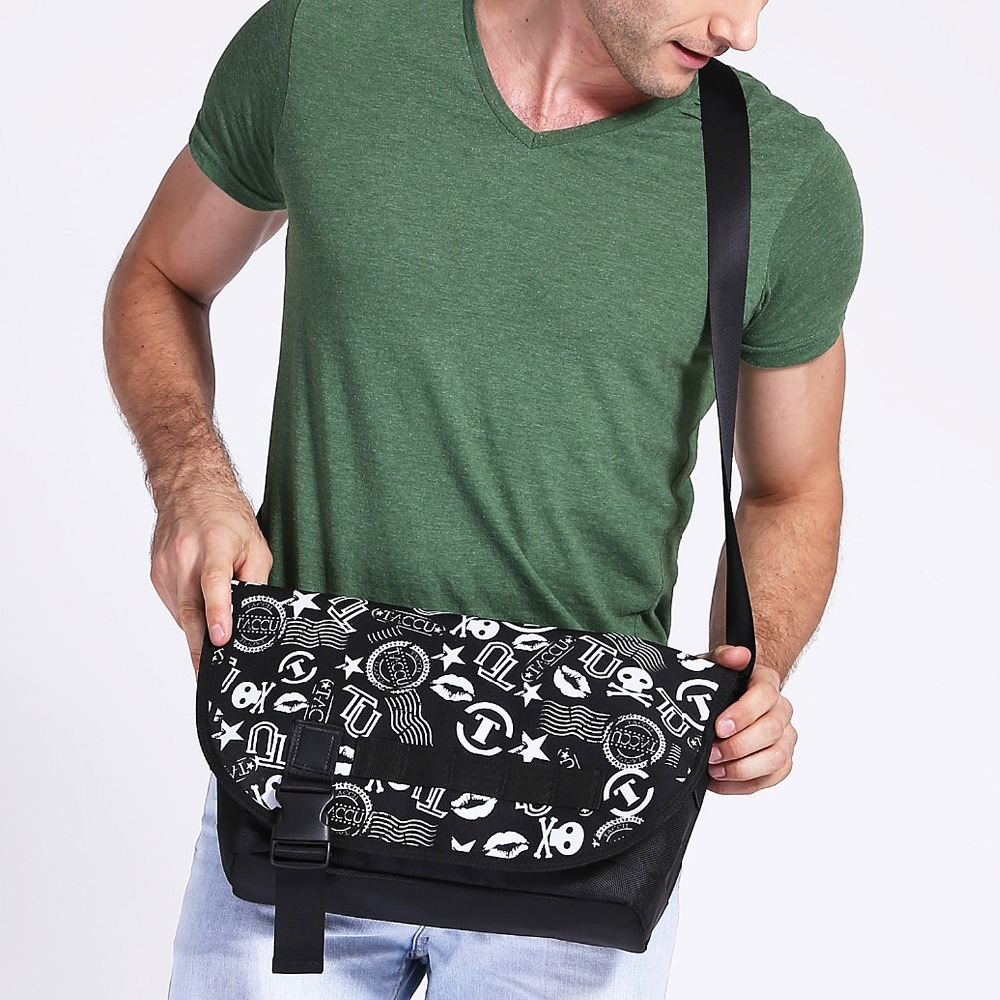 Hot! durable black side bags for teenage boys silk screen printing messenger bags cross body bag with many pockets,TSB601,Taccu(China (Mainland))