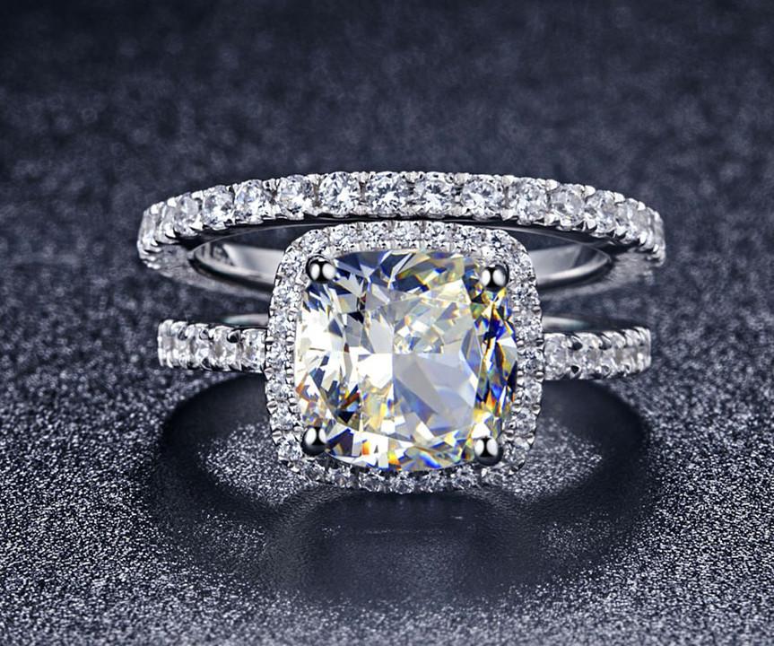 Luxury Quality Synthetic Diamond 3 Carat Cushion Cut Engagement Wedding Ring