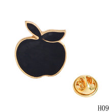 Pinos de Esmalte dos desenhos animados Fruit Pine apple apple Broches Emblemas Pin de Metal Bonito Animal Cavalo Broches Pinos Para As Mulheres Freeshipping(China)
