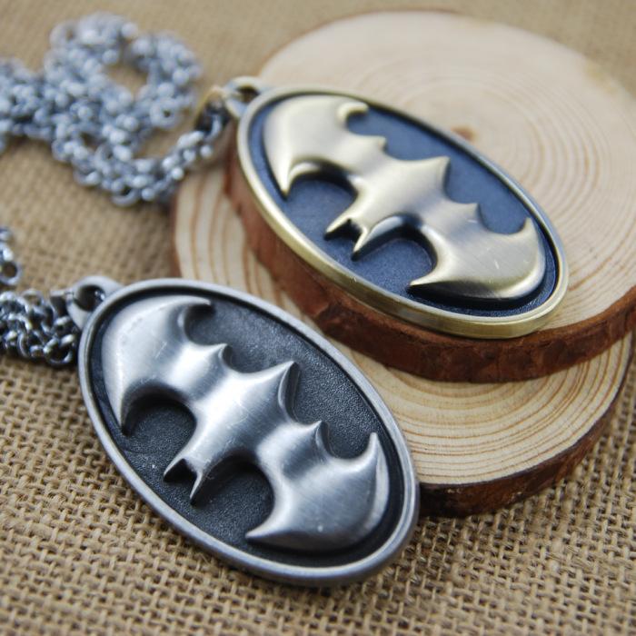 [Batman] Hot Movie Necklace Alloy Bat Logo Symbol Pendant Short Necklace Super Hero Accessories Cool Cheap Present Wholesale(China (Mainland))