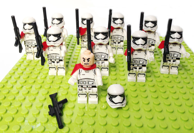 10pcs/lot STAR WARS Minifigures building block toys First Order Stormtrooper Officer MINIFIG Force Awakens Compatible lego gifts(China (Mainland))