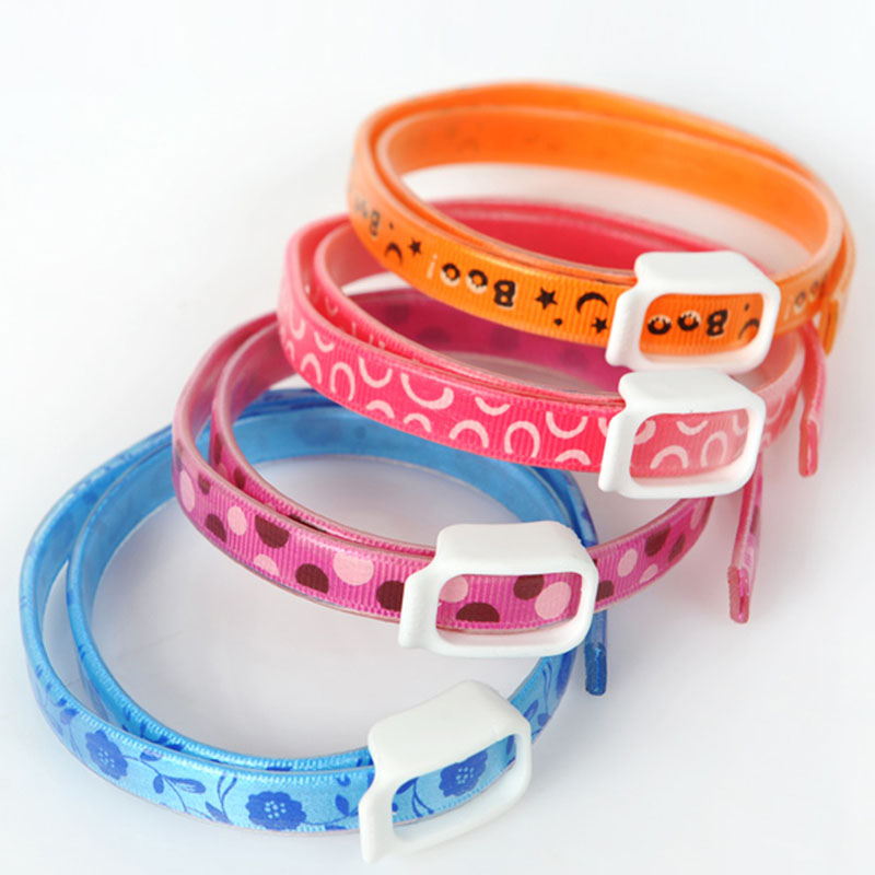 Adjustable Pet Dogs Cat Kitten Collar Pet Supplies Natural Anti Flea Kill Ticks Mites Louse Remedy Neck Ring Color Random(China (Mainland))