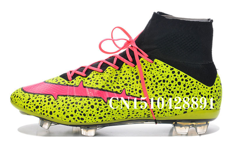 nike cleats soccer men