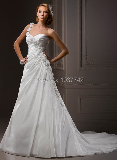 Newly Arrived Top Quality White Organza Wedding Dresses Sweetheart Pleat Rose One-shoulder Free Shipping Custom Made(China (Mainland))