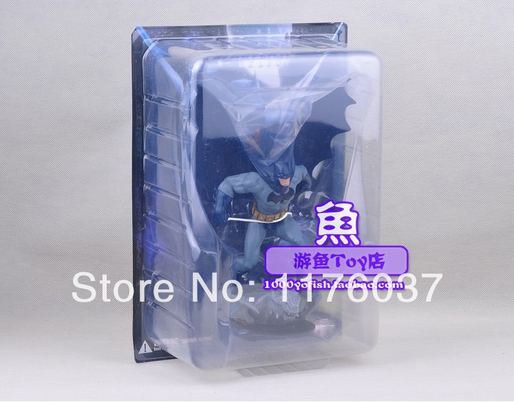 DC Classic Superhero Universe Direct Online Batman High Quality Figure Toy 20 cm New In Box Best For Collection(China (Mainland))