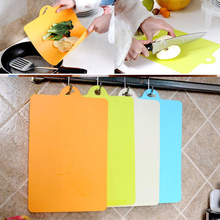 2015 Hot Flexible Chopping Block Kitchen Cutting Board  Antibiotic Kitchen Utensils Chopping Board Fruit Chopping Block 4 Colors(China (Mainland))