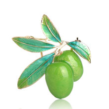 Blucome Frutta Verde Oliva Spilla Plum Forma di Colore Dell'oro Dello Smalto Corpetti Spilli Cappotto Del Vestito Sciarpa Accessori Gioielli Regali di Natale(China)