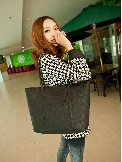 Hot Selling Women PU Handbag Tote Shoulder Bags Large Capacity retro fashion crocodile pattern shoulder portable bag ladiesG0364(China (Mainland))