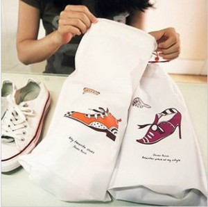 2 pcs set Very useful Travel necessary shoes dustproof bag storage bags lady shoes dust cover bag(China (Mainland))