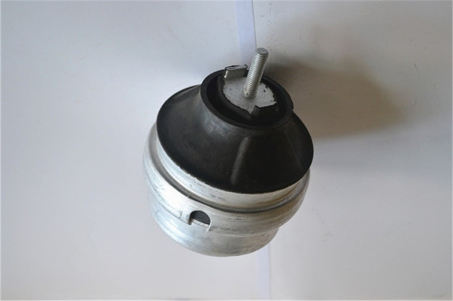 Original engine mounting fit for Volkswagen passat B5 A6C5 passat A4 8D0199382M with lowest price