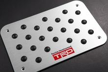 2015 NEW car styling Car decoration accessories Aluminum TRD Pedals Car Mats Carpet Pedal Pad Non-slip Floor for Toyota
