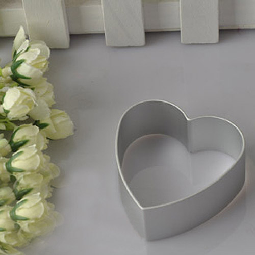 Free Shipping AL Pastry Biscuit Cookie Cutter Baking Mould Loving Heart Shaped Fondant Plunger Cutter(China (Mainland))