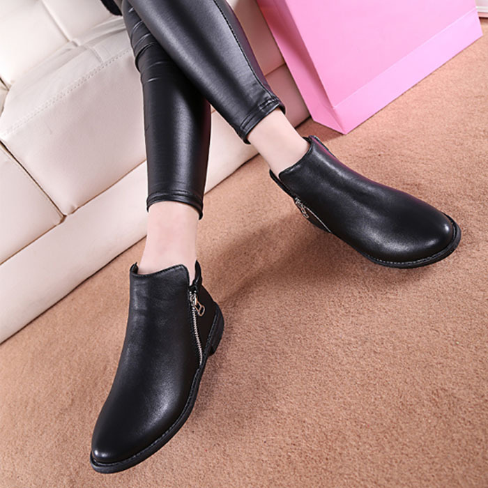 2015 Spring Autumn Women Boots Platforms Round Toe Heel Ankle Boots Paint Leather Boots Fashion Motorcycle Boots O093(China (Mainland))