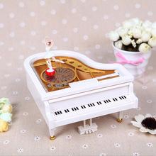 V1414 plastic trumpet piano music box rotating creative ballet girl gift lovers music Box  toys(China (Mainland))
