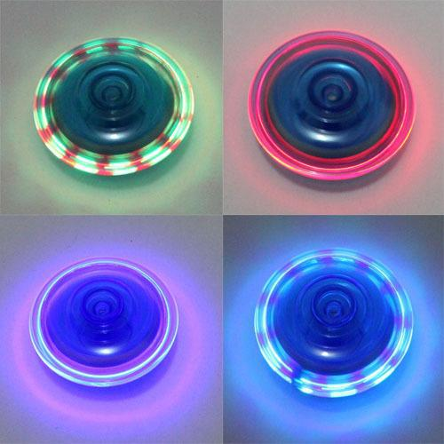 2015 Kid Beyblade,Colorful Light Gyro Toy,Baby's Spinning Top,Children Beyblade Launchers Classic Toys Drop Shipping ZWS058(China (Mainland))