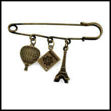 1 pc sale travel to paris charm brooch safety pin kilt pin BR005