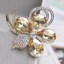 ZOSHI Fashion Perhiasan Berkualitas Tinggi Vintage Emas Bros Pin Austria Kristal Imitasi Mutiara Bunga Bros Pernikahan Aksesoris(China)