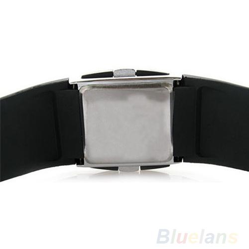 Men Women Casual Unisex White Black LED Digital Sports Wrist Watch Wristwatch Date Clock 01KT 4ASU